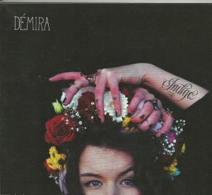 HOES Demira