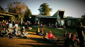06 (Tuinconcert bij zonsondergang in Mbabane)