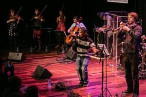 Foto 3 Monta performing